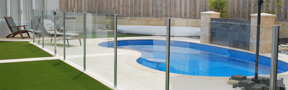 Benefits of Glass Pool Fencing — Martin Browne Glass Pool Fencing